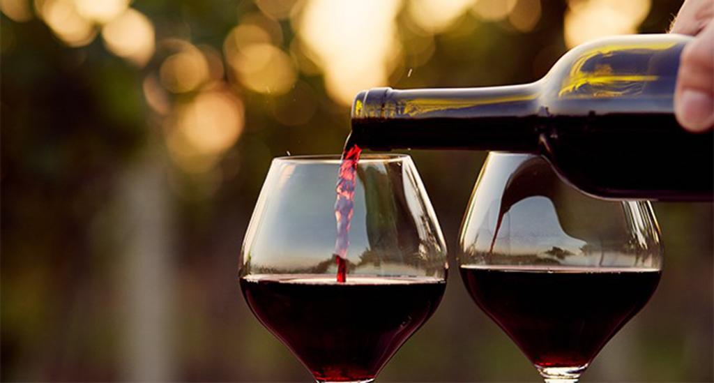 Beneficios-del-vino-tinto-680x365_c