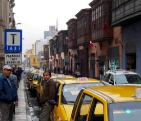 Paradero de taxis en lima