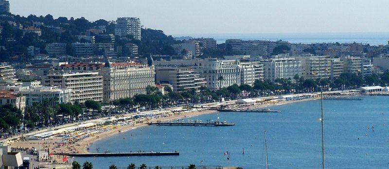 Boulevard-de-la-Croisette-Cannes