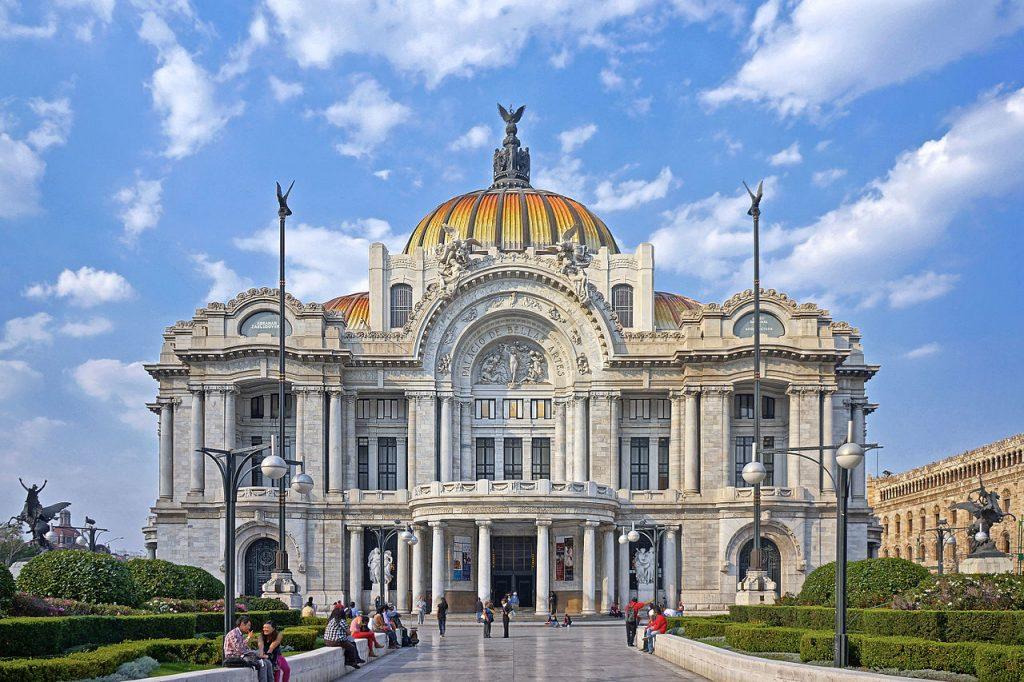 Fachada-del-Palacio-de-Bellas-Artes-México