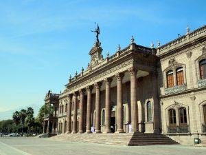 Fachada del Museo del Palacio de Gobierno-Monterrey, México