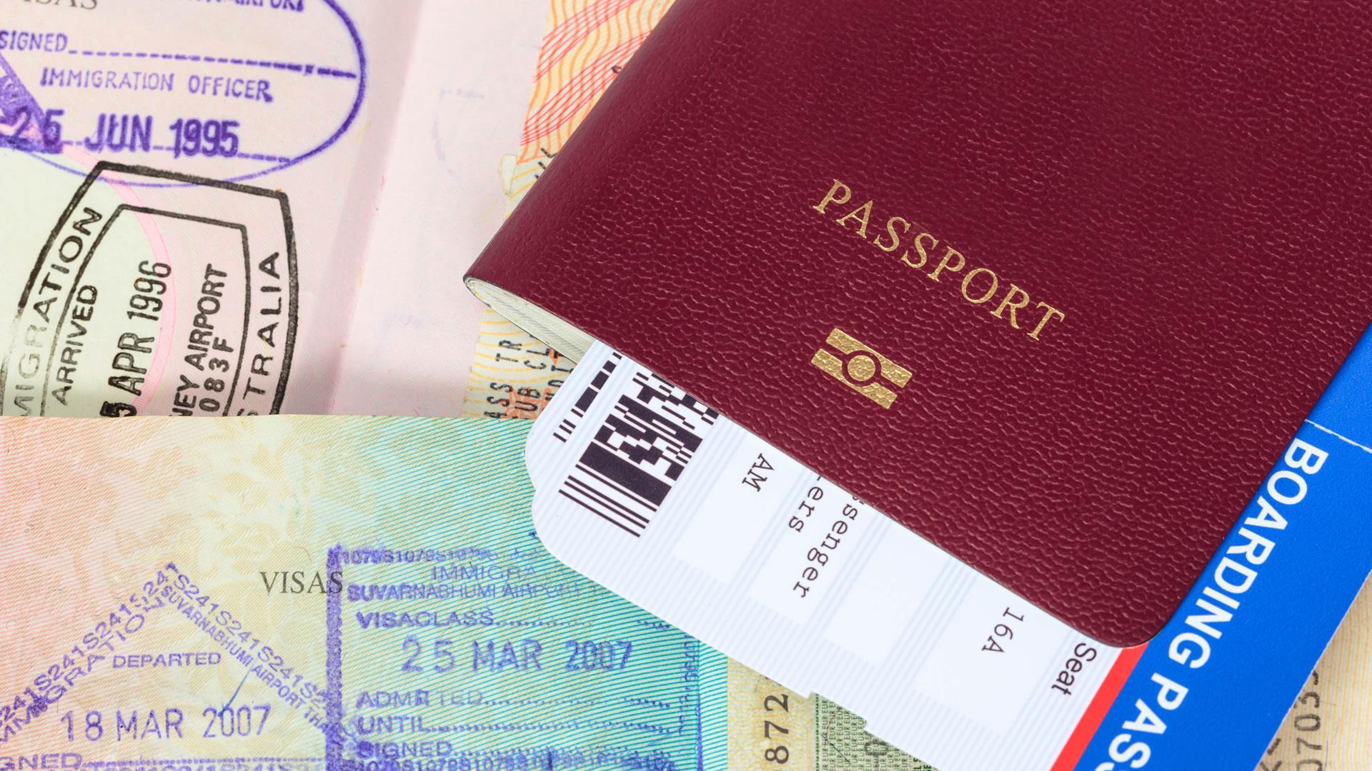 Resultado de imagen para pasaporte colombiano con visa