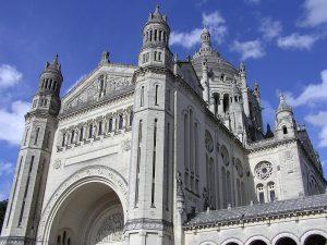Detalle de la Basílica de Santa Teresa de Lisieux.