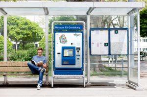 Máquina expendedora de tickets.