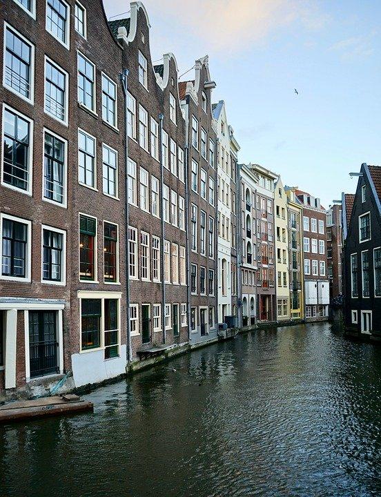 casas de canal