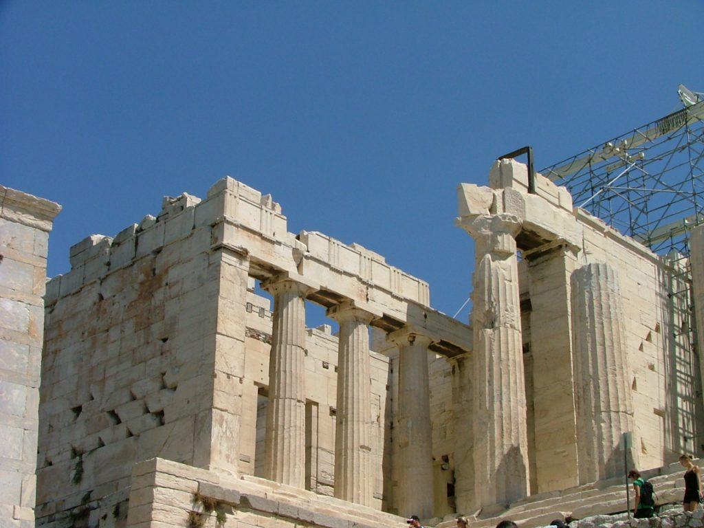 Los-propileos-de-la-Acropolis