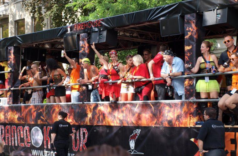 Celebración del Street parade en Zúrich