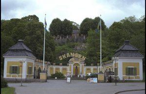Skansen (Museo al Aire Libre y Parque Zoológico)