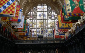 Abadía de Westminster - Banderas personales de los miembros de la Orden del Baño