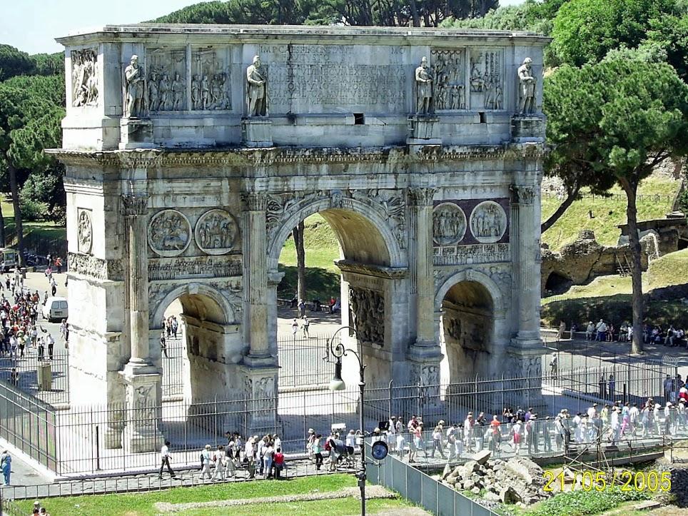 Arco de Constantino 9
