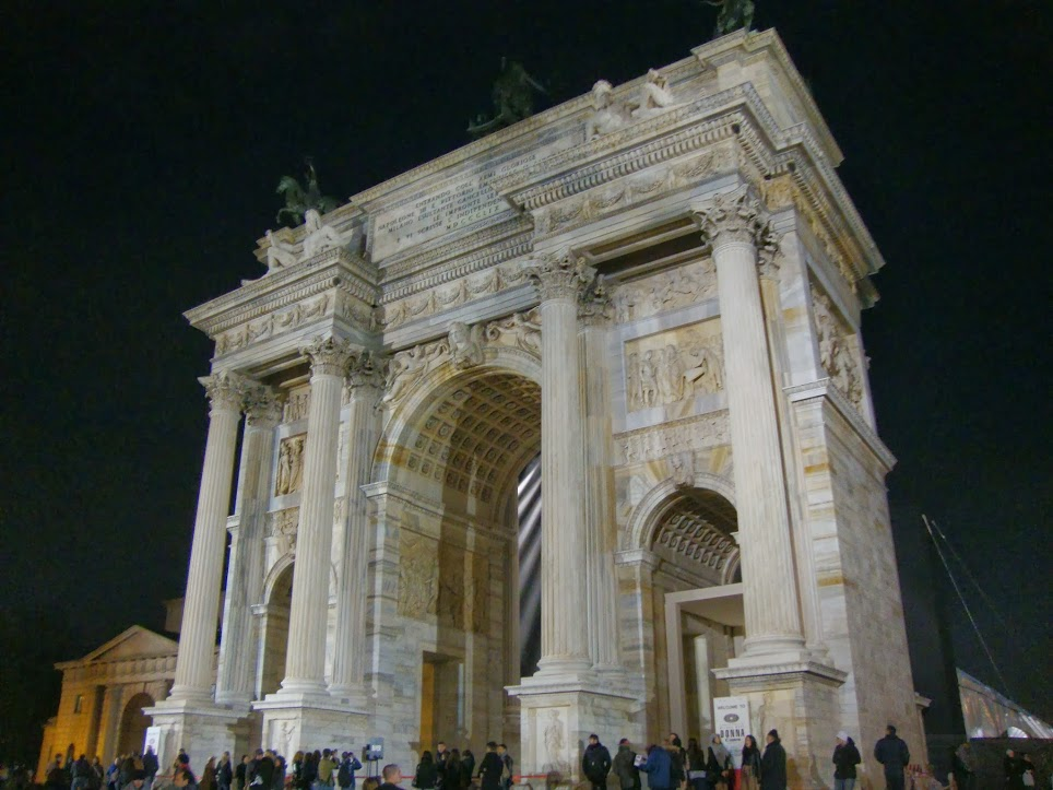 Arco della Pace 10