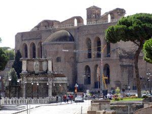 Basílica de Majencio 1