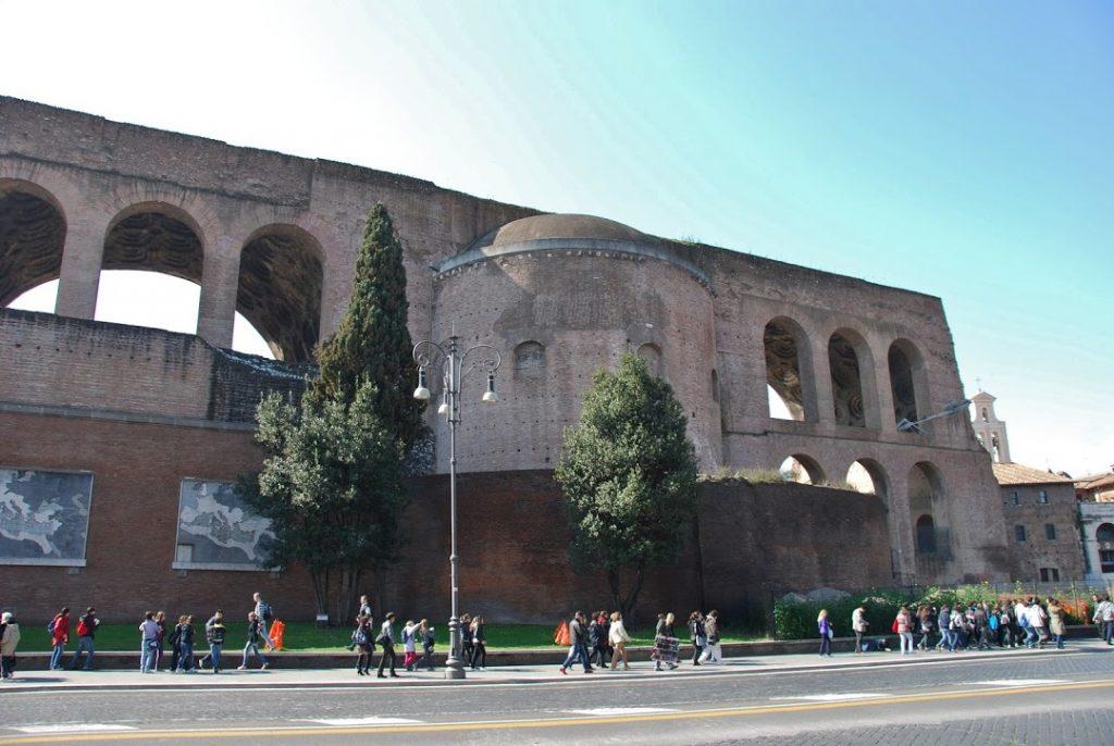 Basílica de Majencio 4