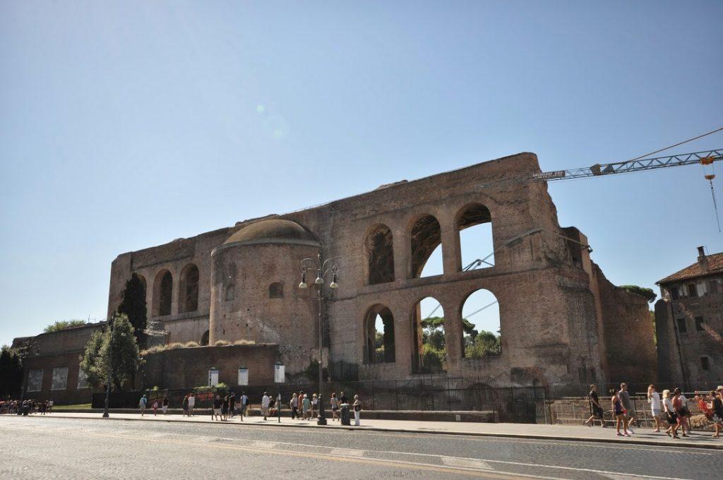 Basílica de Majencio 8