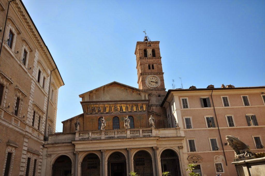 Basílica de Santa María en Trastevere 11