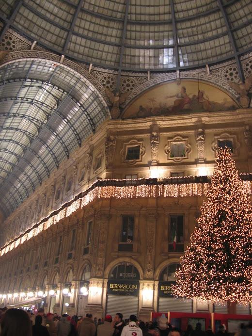 Galleria Vittorio Emanuele II 8
