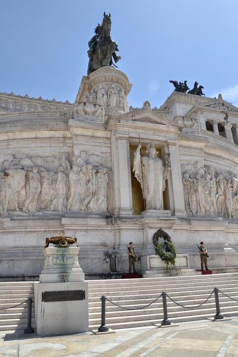 Monumento a Víctor Manuel II 6