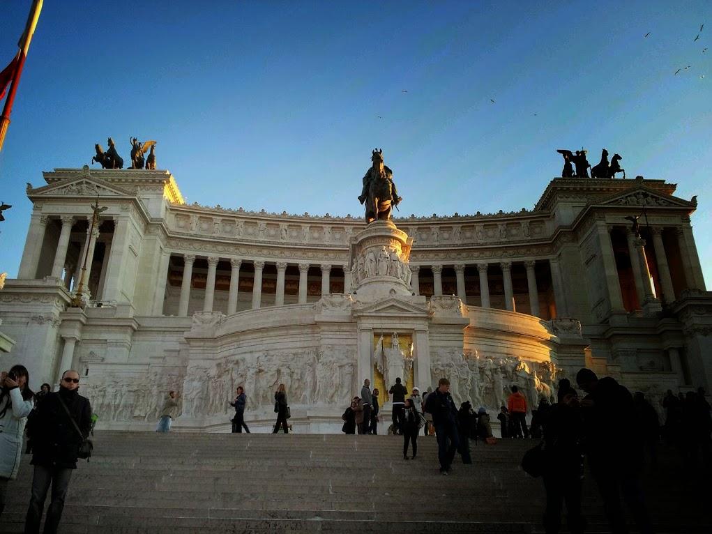 Monumento a Víctor Manuel II 8
