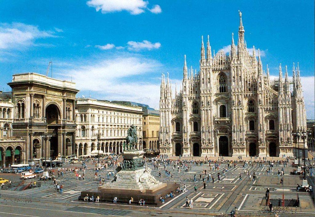 Piazza del Duomo 3