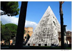 Pirámide Cestia 4
