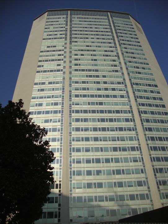 Rascacielos Pirellone (Pirelli) 5