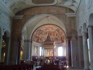 San Pietro in Vincoli (en español: San Pedro encadenado) 1