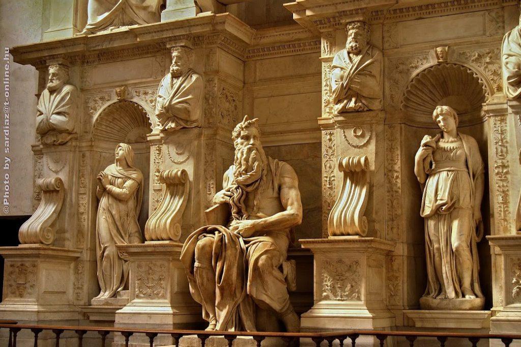 San Pietro in Vincoli (en español: San Pedro encadenado) 4