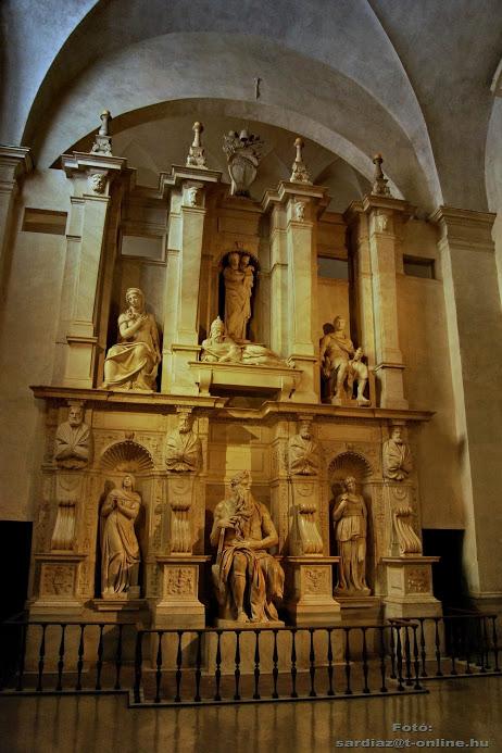 San Pietro in Vincoli (en español: San Pedro encadenado) 5