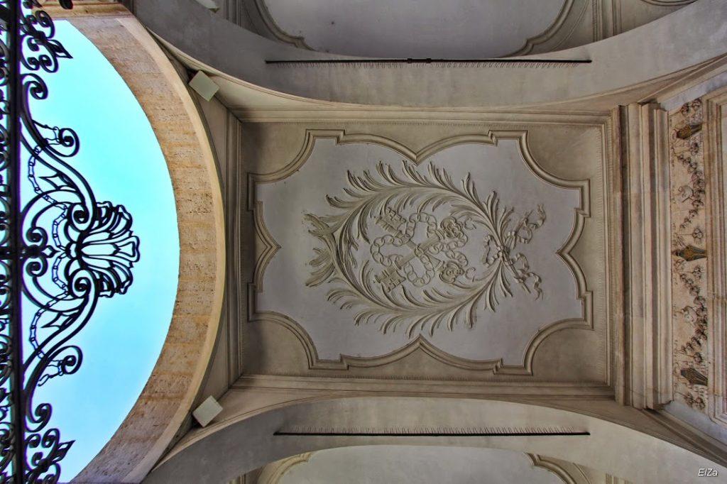 San Pietro in Vincoli (en español: San Pedro encadenado) 10