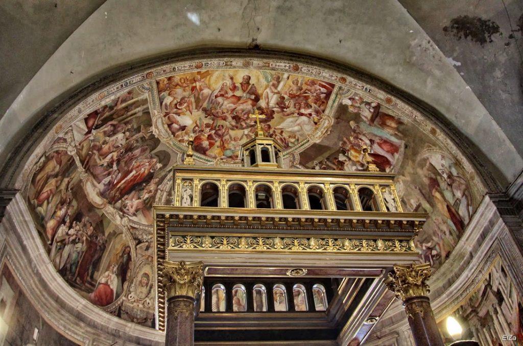 San Pietro in Vincoli (en español: San Pedro encadenado) 11