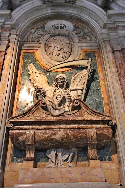 San Pietro in Vincoli (en español: San Pedro encadenado) 12
