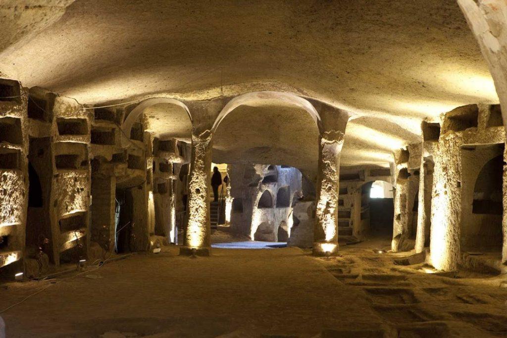 Resultado de imagen de catacumbas de san gennaro napoli