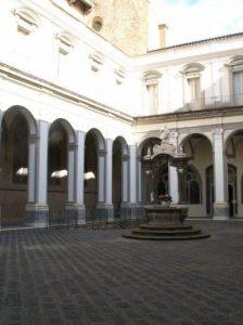Chiesa e Scavi di San Lorenzo Maggiore 10