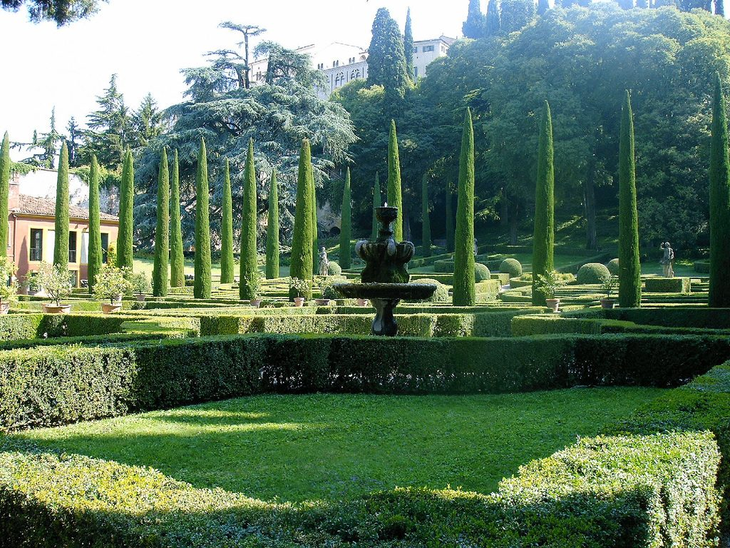 Jardin giardino giusti for Jardines venecia