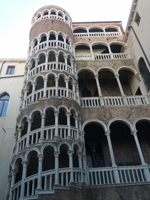 Palacio Contarini del Bovolo 2