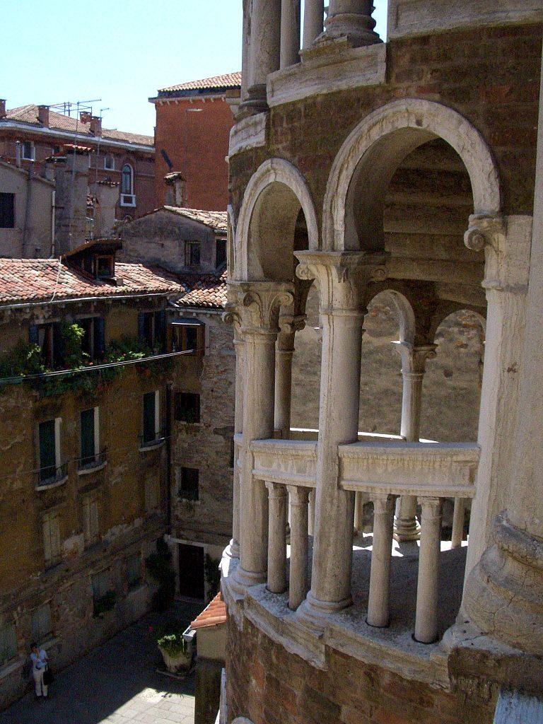 Palacio Contarini del Bovolo 7