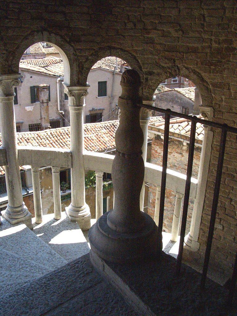 Palacio Contarini del Bovolo 8