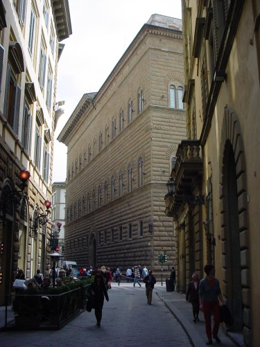 Palacio Strozzi 7