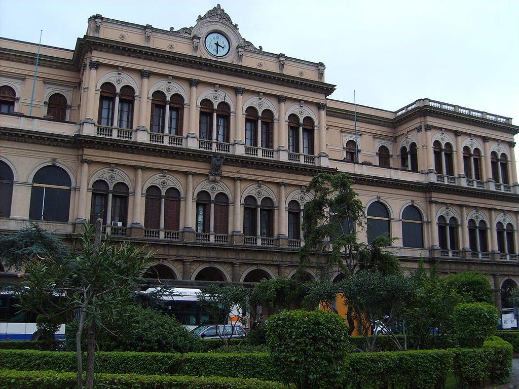 Estación central del Metro de Palermo