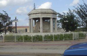 Monumento a los Ocho estudiantes de Medicina 1
