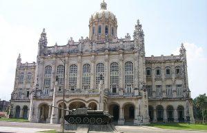 Museo de la Revolución y Memorial Granma