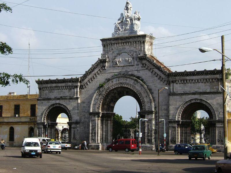 Necrópolis de Cristóbal Colón 1