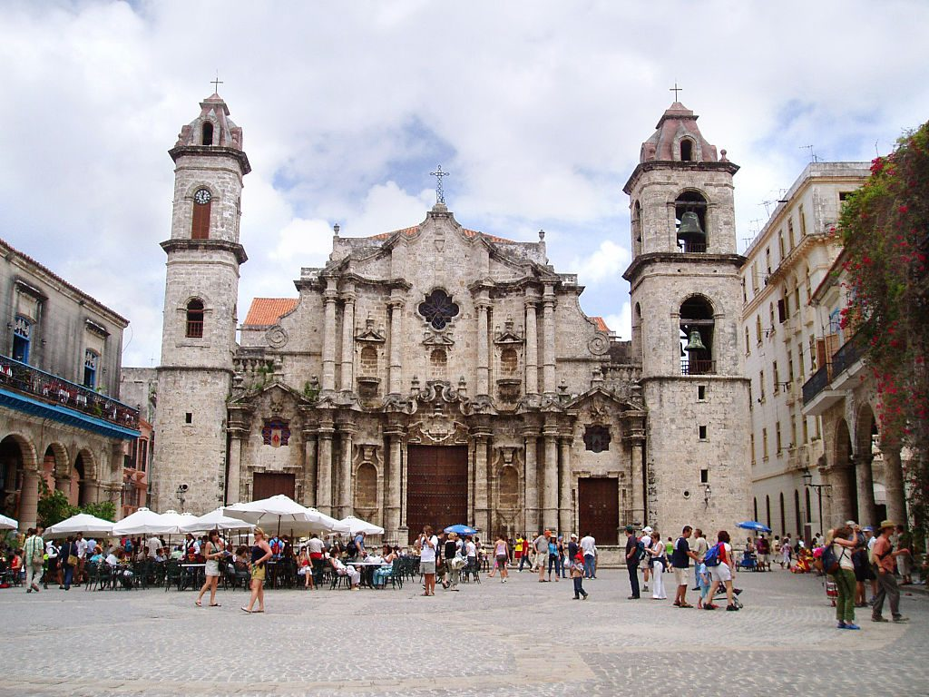Plaza de la Catedral en La Habana 1