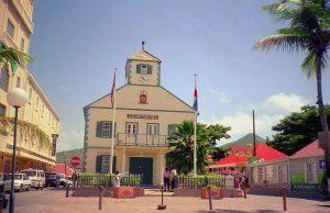 Sint Maarten, dos países en una sola isla