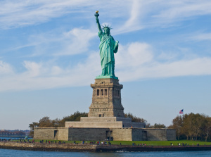 donde esta la estatua de la libertad