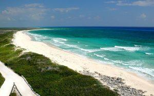 Playa de Punta Sur al sur de la isla de Cozumel.-México