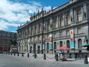 Fachada del Museo Nacional de Arte de México. (MUNAL)