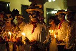 Celebración de noche de brujas en México.