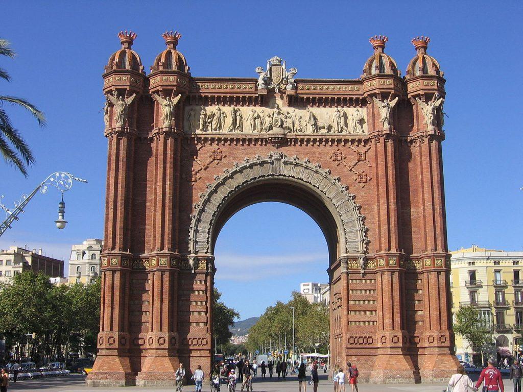 arco-del-triunfo-en-barcelona