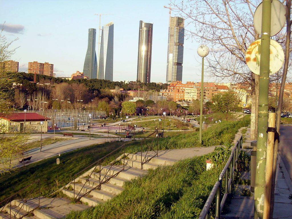 Qu ver en madrid sitios tur sticos monumentos y museos for Arquitectura que ver en madrid